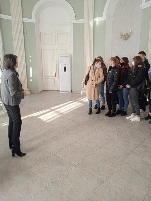 ekskursiya_vo_dvorec_butrimovicha_2